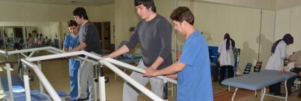 بیمارستان فیزیوتراپی و توانبحشی دانشگاه کوجاتپه افیون که ۱۰۰ تختخوابه می باشد، با کلینیک های مجهز و تکنولوژی پیشرفته در تلاش افزایش سطح رفاه و سلامتی در منطقه می باشد