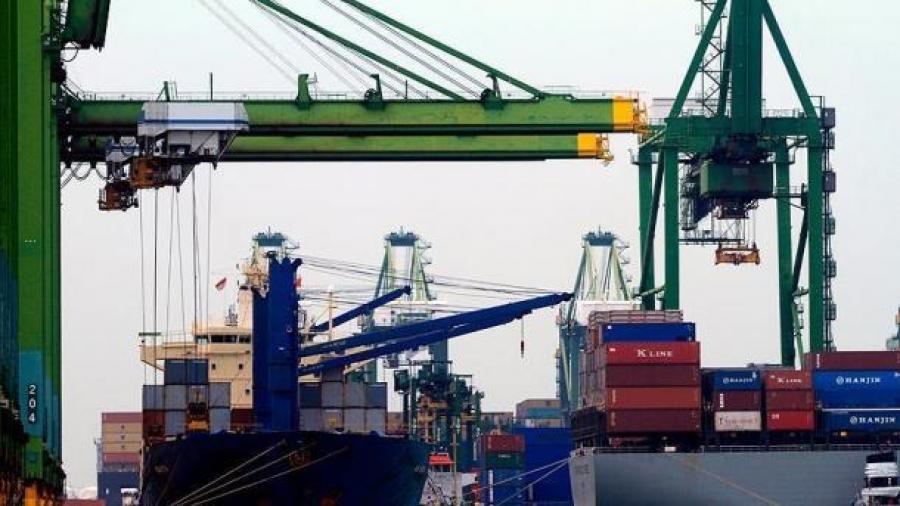 حجم صادرات ترکیه در ماه فوریه افزایش یافت