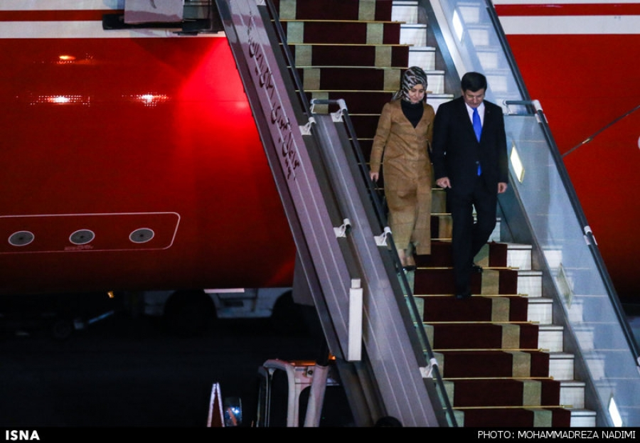 استقبال رسمی جهانگیری از نخست وزیر ترکیه