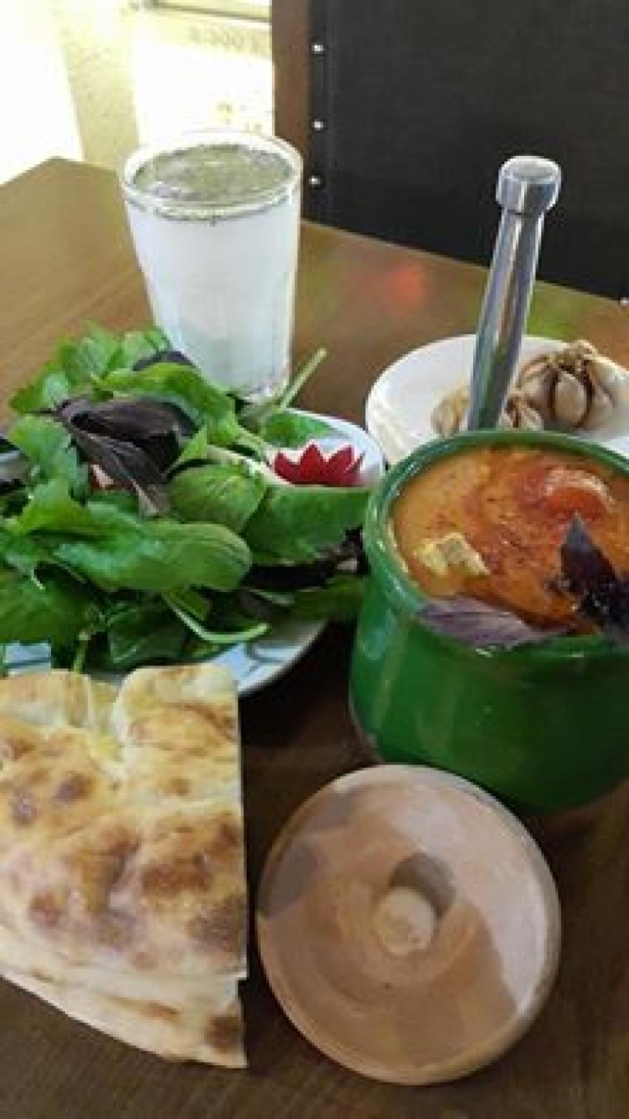 رستوران ایرانی شهرزاد در تاکسیم