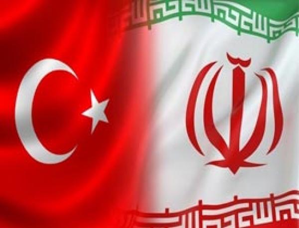 مقایسه حقوق نمایندگان مجلس ایران وترکیه