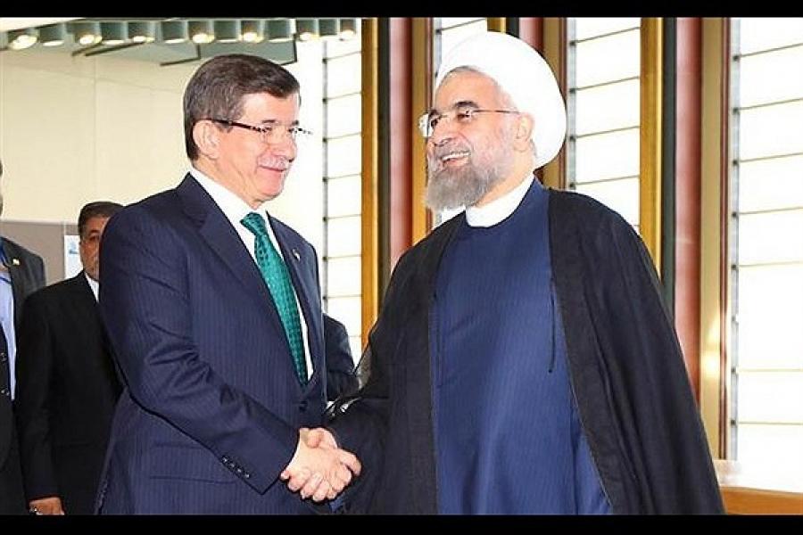 نخست وزیر ترکیه در تهران درباره سوریه و روابط اقتصادی مذاکره میکند