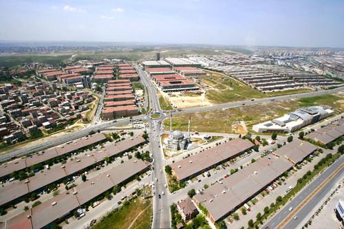 باشاک شهیر ، بخش صنعت و ساختار اقتصادی