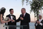 مراسم ازدواج مسعود اوزیل با دختر شایسه ترکیه