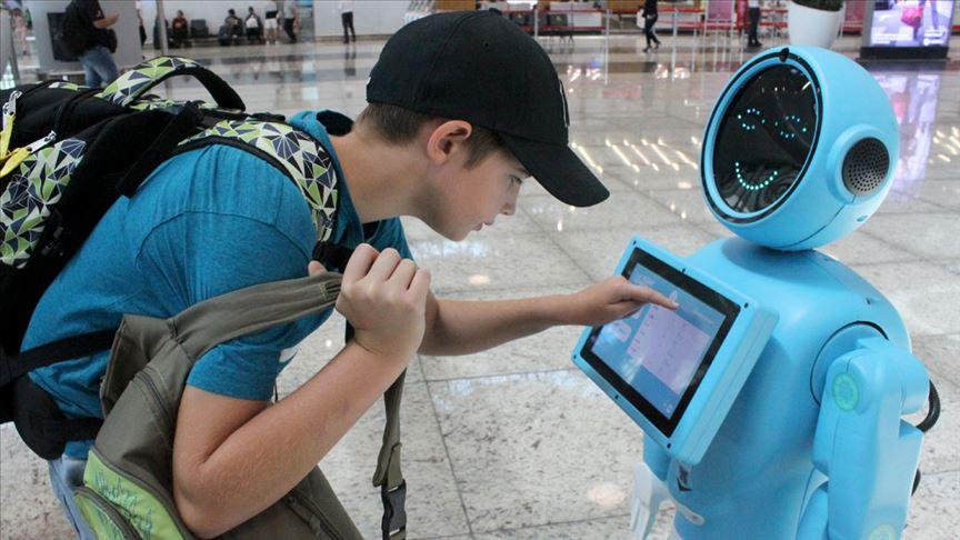 ربات های فرودگاه استانبول